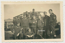 Foto Soldaten / LKW Mannschaftswagen der LW (4390)