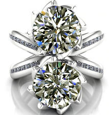4.13 ct VVS1-Brilliant Near White Round Moissanite Diamond .925 Silver Ring