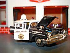 1957 57 CHEVROLET 150 4 DOOR WAGON LIMITED EDITION 1/64 M2 POLICE RADAR CAR