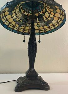 Vintage Leaded Glass Table Lamp Good Reproduction Mid 2oth Century