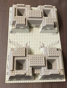 Lego 30271 Raised Baseplate 32x48x6 Grey with 4 corner pits Castle 3D Base Plate