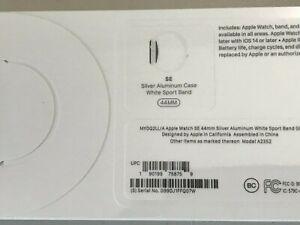 Apple Watch SE GPS 44mm MYDQ2LLA Silver Alumin Case White Sport Band Smart Watch