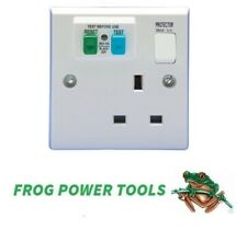 Protector VT1108 RCD protected single switched socket