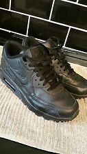 nike air max trainers size 4 uk wonens or boys