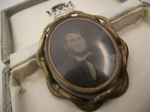 VICTORIAN SWIVEL MOURNING BROOCH & HAIR.