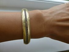 Antique vintage 14k yellow gold wide bangle bracelet engraved filigree wire 18g
