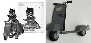 Chrissie Zullo SIGNED DC Collectibles Artist Alley Figure ~ Batgirl B&W Variant