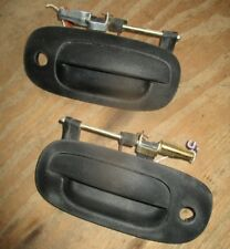 1998 - 2002 DODGE DURANGO RIGHT + LEFT FRONT DOOR HANDLE USED OUTSIDE EXTERIOR