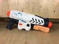 Super Soaker Nerf Supersoaker Switch Shot Pump Action Water pistol Takes Mags