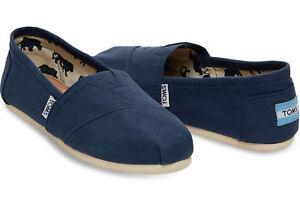 Men Tom's Classic Canvas/Flat Shoes. Brand New. Five Colors.