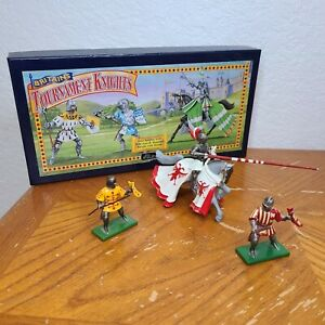 Britains Toy Soldiers Tournament Knights One Mounted Knight Two Foot Soldiers