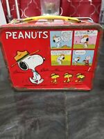 King Seeley Thermos Co Lunch Box Peanuts by Schulz Snoopy Metal Lunchbox Vintage