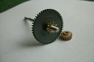 COX  16 -TOOTH  - PINION -AND- 48 -TOOTH- SPUR -GEAR  -WITH-----A----AXEL!!!
