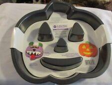 WILTON  Pumpkin Non-Stick For Easy Release Cake Pan Ltd 10 Year Warranty