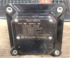 Used Worcester Controls limit switch 10E LK39Z1 R3 - 60 day warranty