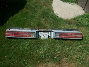 1982-1986 Pontiac Bonneville LH & RH Taillight Assembly