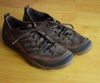 Merrell walking athletic womens size 7 brown suede  shoe EUC