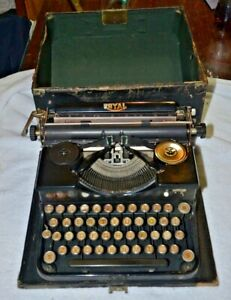 Antique 1927 Royal Portable Model P Typewriter Black Original Wood Case