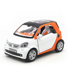 Benz Smart ForTwo 1:24 Scale Model Car Diecast Toy Vehicle White Kids Boys Gift