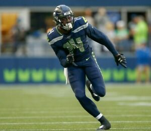 DK Metcalf Seattle Seahawks UNSIGNED 8X10 Photo