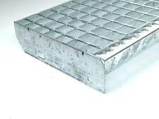 Gitterrost Treppenstufen, Stufe  700 x 305 mm, Tragstäbe 30 x 2 mm