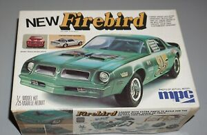 1976 Pontiac Firebird MPC 1/25 Complete & Unstarted.
