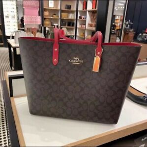 New Coach Town Tote in Signature Canvas Shoulder Bag -F76636