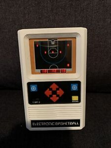 Mattel Electronic BASKETBALL Handheld Vintage 1970's Arcade Game Tested Works