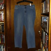 Gloria Vanderbilt Amanda Stretch Blue Denim Jeans  - Size 18