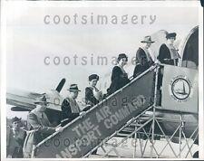 1946 US College Educators Board Plane For Japan Hamilton Field CA Press Photo