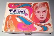 Mid Century 1967 Twiggy Fashion Model Psychedelic Clutch Purse Treasure Box