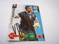 Italia-Adriano Buffon mano firmado PANINI WORLD CUP 2010 tarjeta con C.o.a