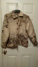 Vintage 100% wool Sweater-Coat animals,mountains. Made in Ecuador