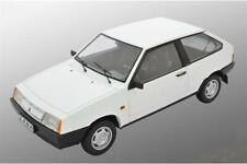 Premium Scale Models Lada 2108 Samara 1985 Valentine Whit 1:18 DC18003D