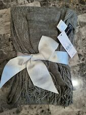 NWT NEW YORK & COMPANY Scarf and Glove Set Non-Sized Graphic Gray