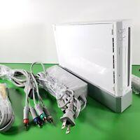 NINTENDO Wii WHITE CONSOLE w/ Cords & Sensor < model RVL-001 >