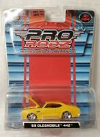 MAISTO 1/64 PRO RODZ 1969 OLDSMOBILE  442 YELLOW BLACK HOOD BIG RIMS