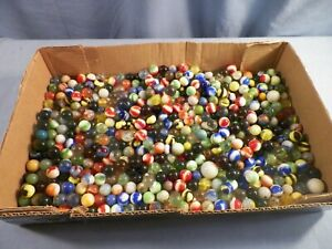 Lot of over 500 Vintage Glass Marbles