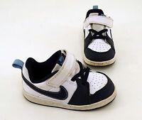 Sneaker Nike Klettverschluss Halbschuhe Kunstleder weiß blau Gr. 25