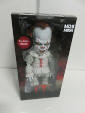 IT Mega Scale Talking Pennywise Figure Clown Mezco Toyz ZQ
