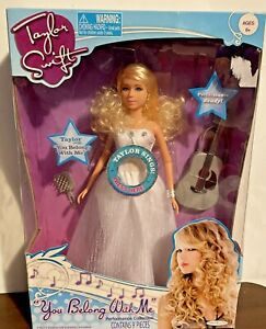 2010 Jakks Pacific ~ Taylor Swift You Belong With Me Singing Doll ~ NIB