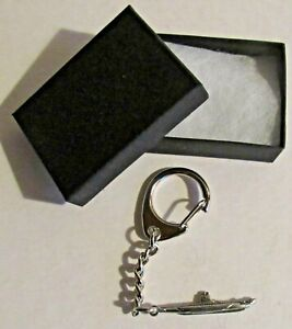 F) KEY-RING PEWTER SUBMARINE ROYAL NAVY UNDERWATER SUBMERSIBLE BOAT COVERT DIVE