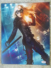KATIE CASSIDY HAND SIGNED ARROW 11X14 WITH PSA COA AB92045