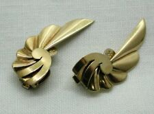 Vintage Lovely Pair Of 9 Carat Golf Stylish Fan Shaped Clip On Earrings