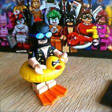 71017 THE LEGO BATMAN MOVIE Vacation Batman #5 Minifigures SEALED Duck Floatie