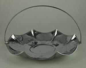 Silver Plated Fluted Fruit Bowl with Handle Unbranded Decorative Pattern GG54