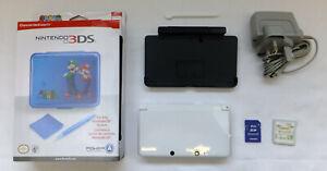WHITE NINTENDO 3DS CONSOLE PACKAGE & 3 GAMES MARIO BROS 2 MARIO KART POKEMON