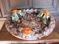 Rarität ca. 100 Jahre alte Keramik Schale Obstschale erhabene Motive mit Rosen