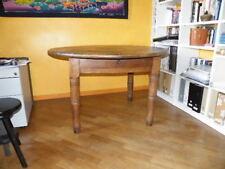 tavolo da piola in noce e ciliegio massello con sedie impagliate.