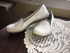 Dr. Scholls Memory Foam Insole Womens Size 9M Keystone Slip On Shoe